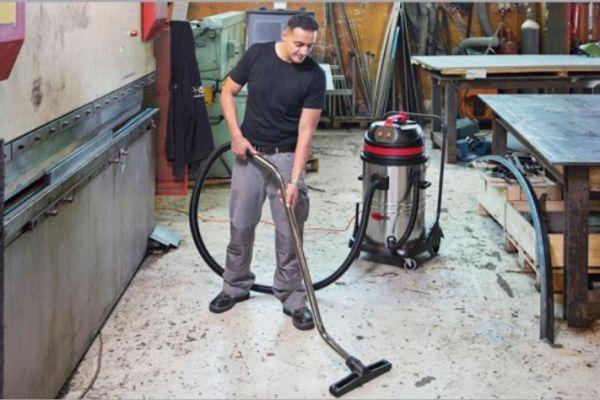 Sử dụng và bảo dưỡng máy hút bụi công nghiệp