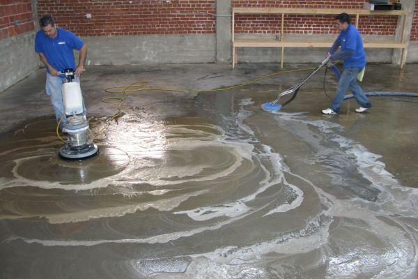 Kinh nghiệm chọn mua và sử dụng máy chà sàn công nghiệp