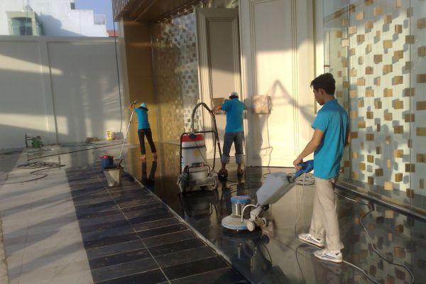 Sử dụng - Bảo dưỡng máy chà sàn trong công việc vệ sinh hiệu quả tốt