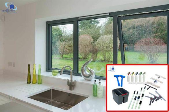 Cách vệ sinh kính cửa sổ cực hay cho gia đình bạn